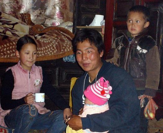 Un oncle Moso s'occupe de ses neveux et nièces - Francesca Rosati Freeman