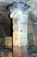 Saint Victor Marseille - colonne païenne arbre de Vie